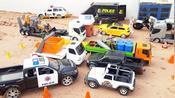 警车,卡车,拖拉机,森林动物巴士等玩具汽车户外工作