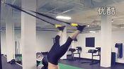 茶健身-TRX训练方案,每个动作训练15次,训练3组。-体育 视频直击