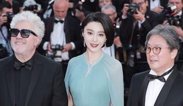 第70届戛纳电影节,范冰冰一身蓝色长裙坐镇评委席