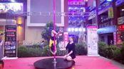 宁宁舞蹈广州分校快闪表演 少儿钢管舞《蓝精灵》