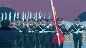 世界大不同:超两万人天安门广场观升旗 迎新年第一缕曙光