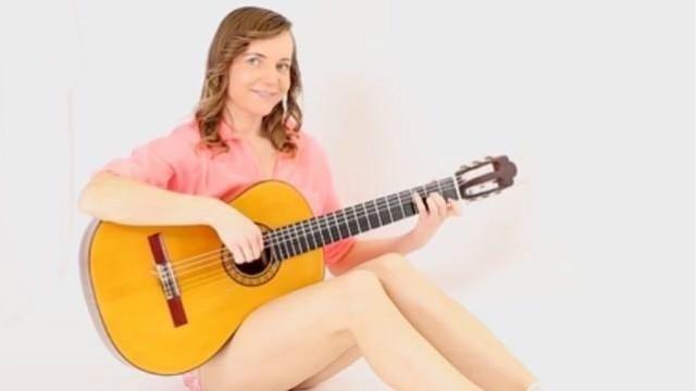 《致爱丽丝》用吉他弹竟然比钢琴还美!