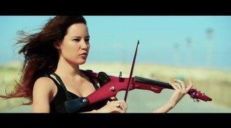 长发飘飘,美女小提琴拉的真有范