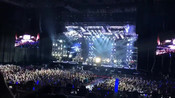 《我们的时光》场面最震撼,赵雷2495成都巡演现场版!
