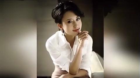 张蕾曾在央视主持,比董卿李思思都火。