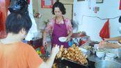 福建菜市场开了40多年的小吃店,靠3元美味出名,人均10元吃饱