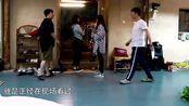 黄磊何炅的戏真是说来就来,即兴演《暗恋桃花源》,好厉害